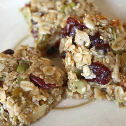 Chewy Caramel(ish) Granola Bars