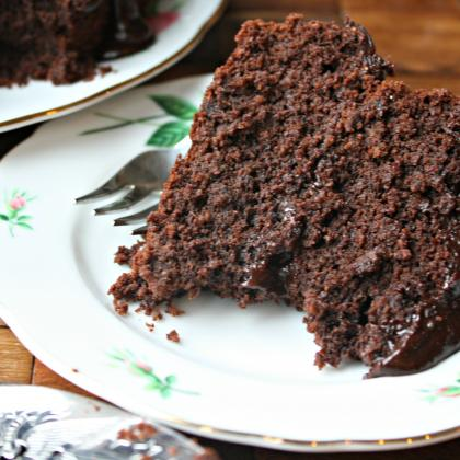 grain free chocolate cake with dark chocolate glaze