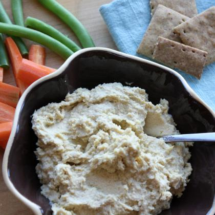 Traditional Chickpea Hummus-Feature