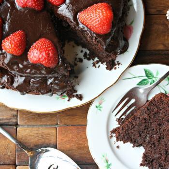 grain free chocolate cake with dark chocolate glaze