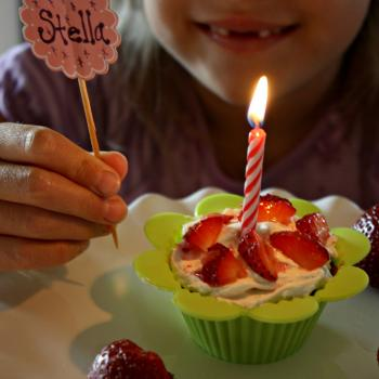 Birthday Cupcakes, vanilla with maple buttercream